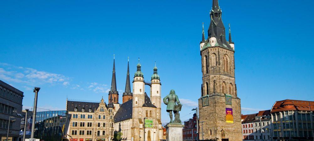 """Marktplatz in Halle/Saale. Dort wurde am 12.6.2020 das Projekt """"Halle besser machen"""" gestartet."""