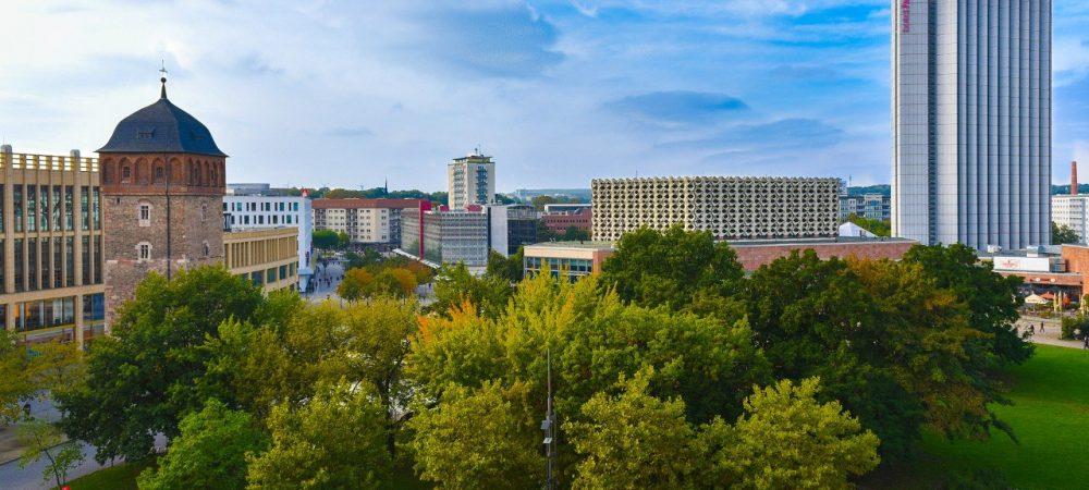 Stadtansicht von Chemnitz. In der sächsischen Stadt fanden Im Sommer 2020 Befragungen zu den Bürgerplattformen statt.